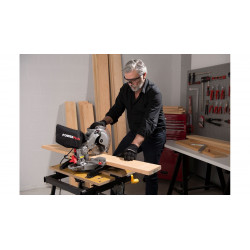VARO SCIE A ONGLET MINI TELESCOPIQUE 1650W-210mm POWE50102